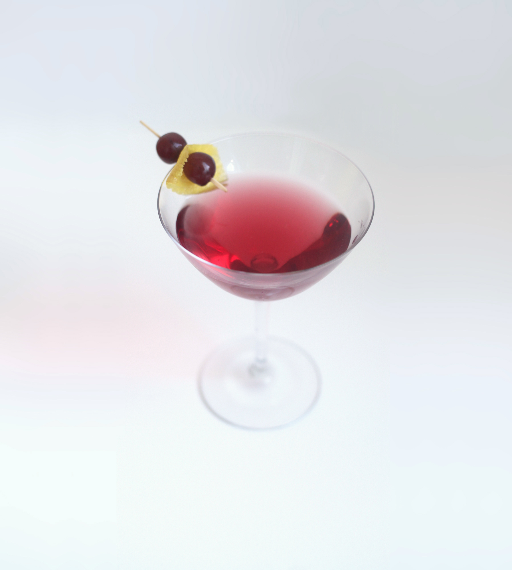 5 Manischewitz Cocktails That Will Make Your Passover Dinner More Meshugenah Than Usual
