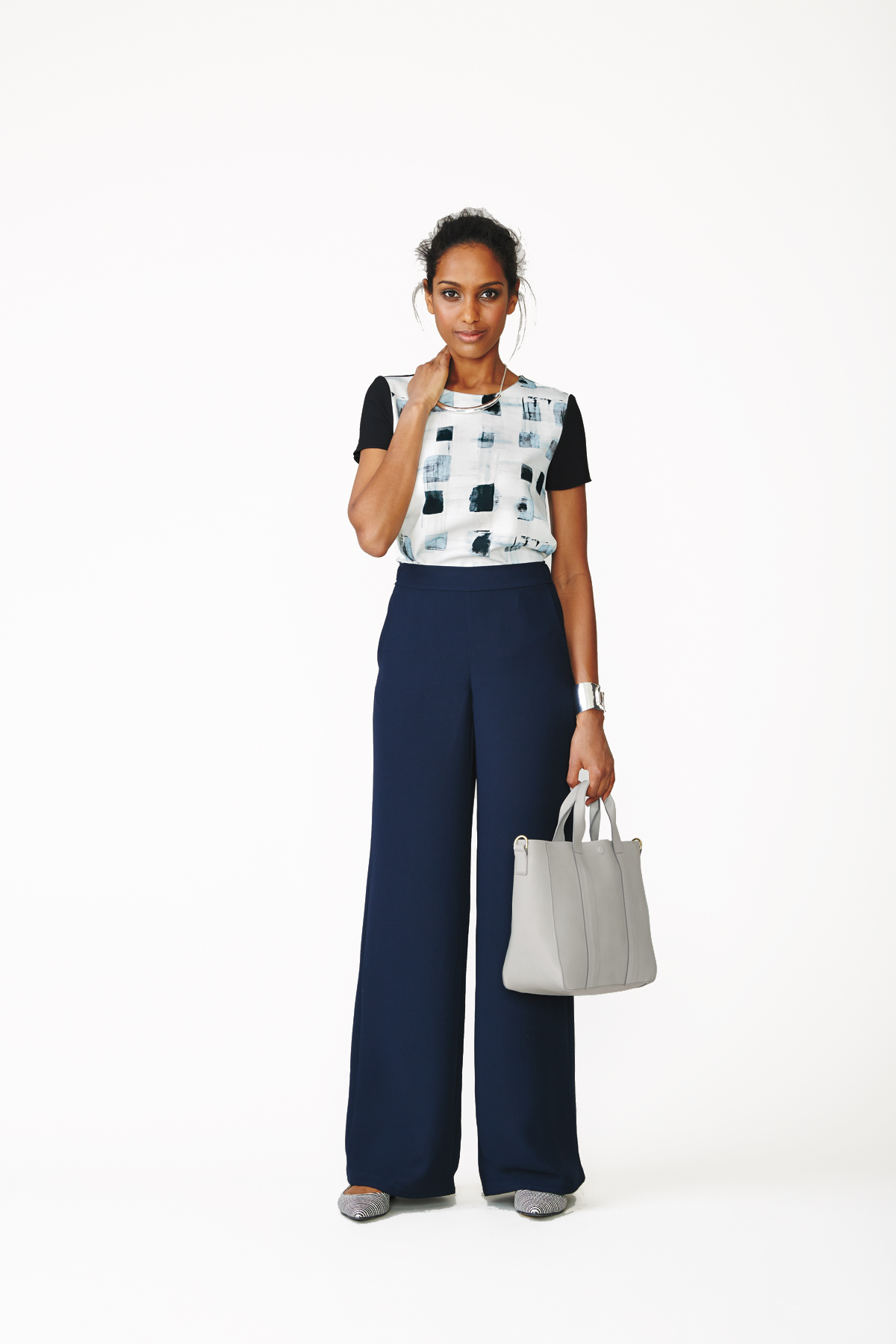 Printed Top + Wide-Leg Pants + Flats