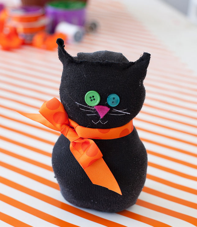 halloween arts and crafts ideas easy 10 crafts for real simple 7751