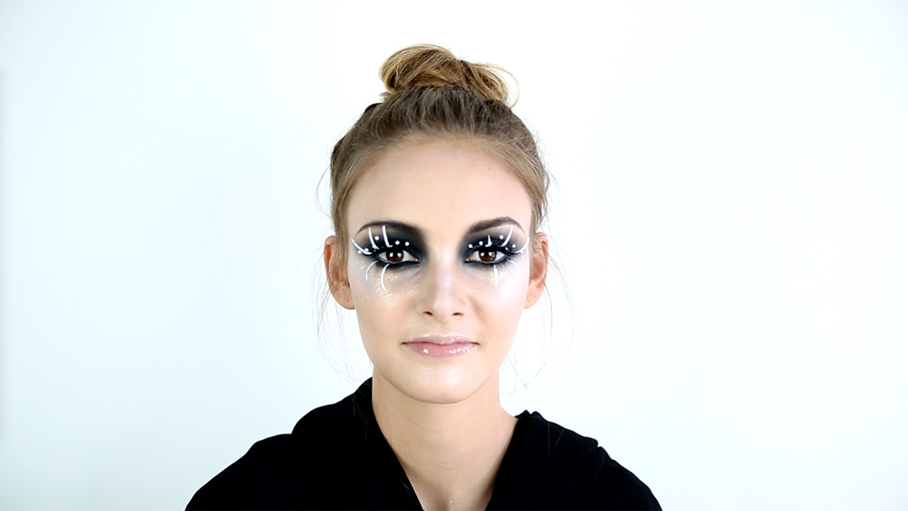 Halloween Makeup Ideas That Are Spooky, Sexy, and Fun