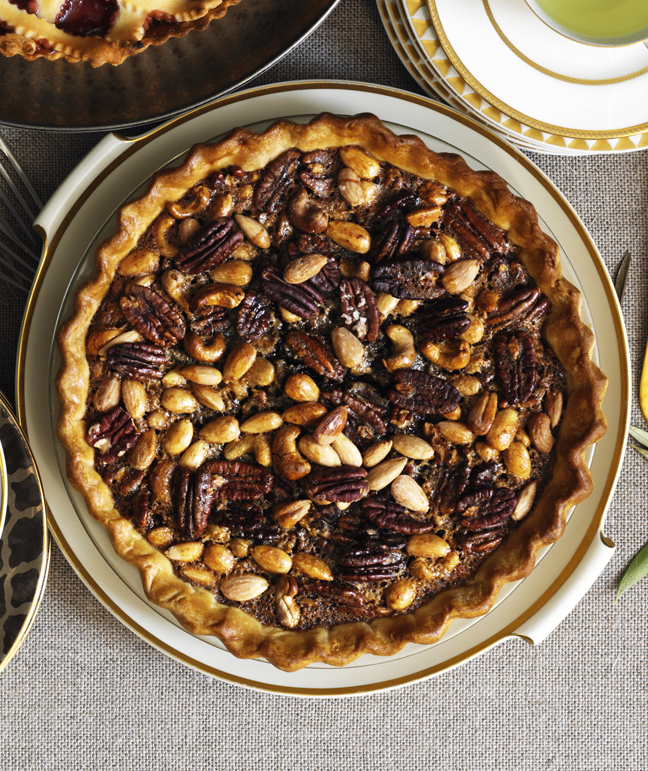 Spiced Mixed-Nut Pie