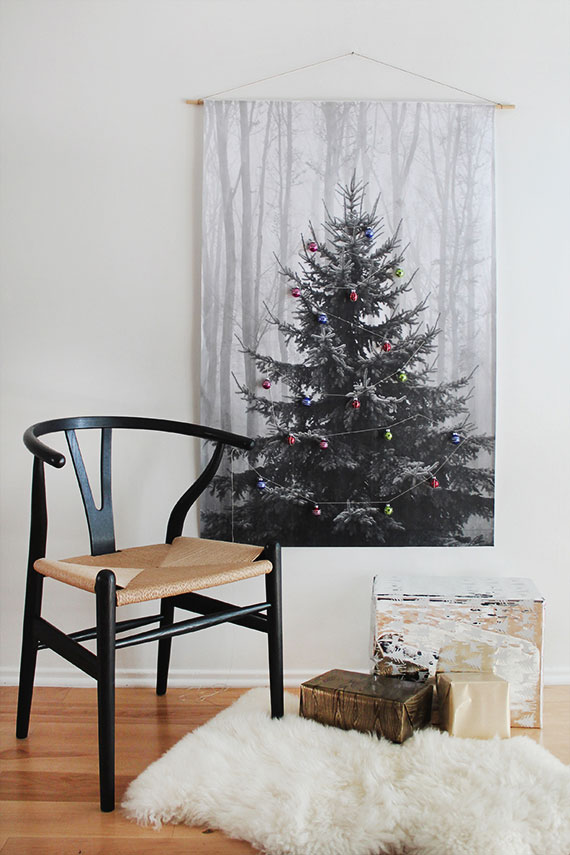 tree print - Christmas Decor Without A Tree