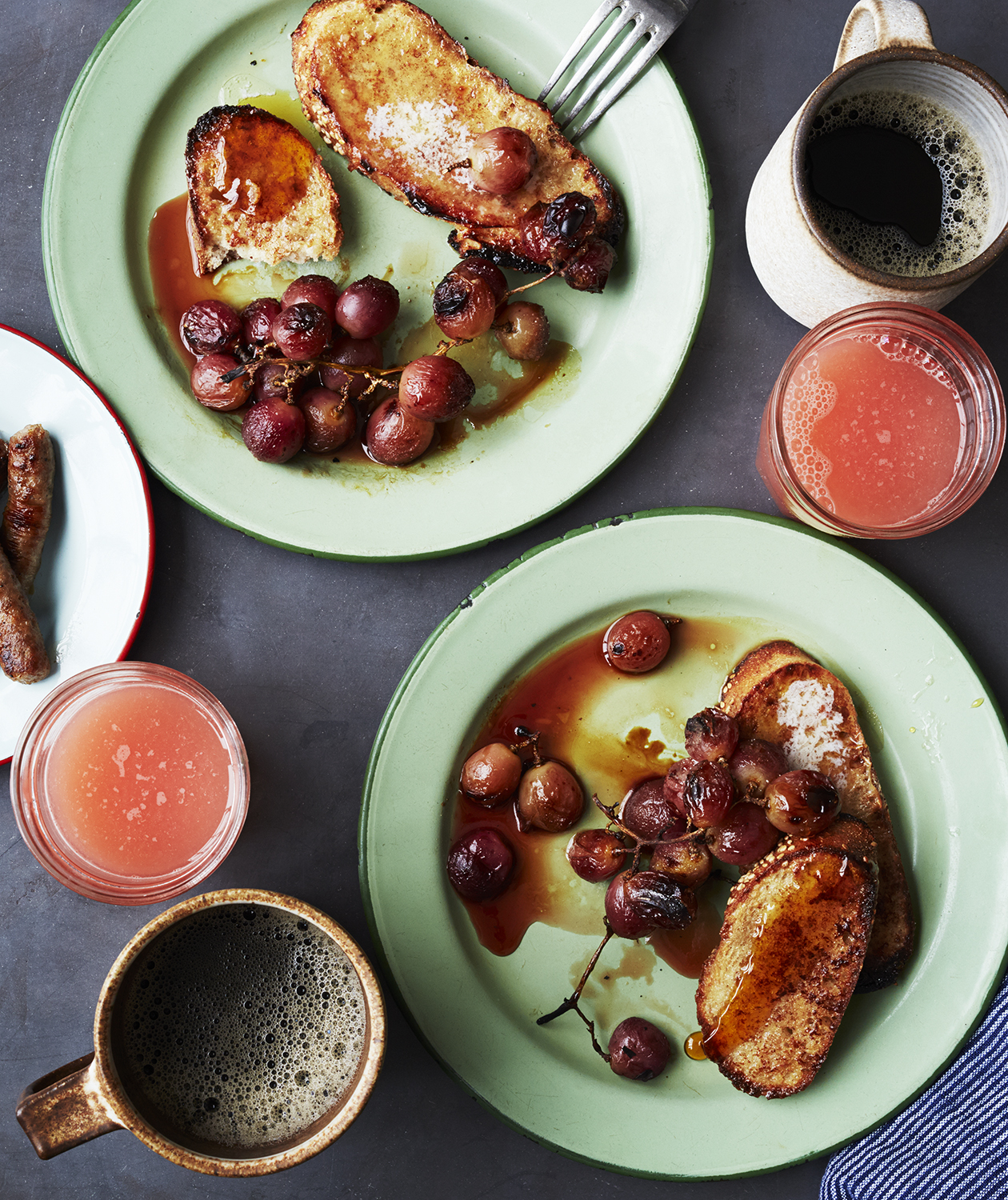 cinnamon-french-toast-broiled-grapes