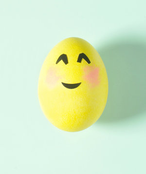 Smiling Face With Smiling Eyes Emoji Egg