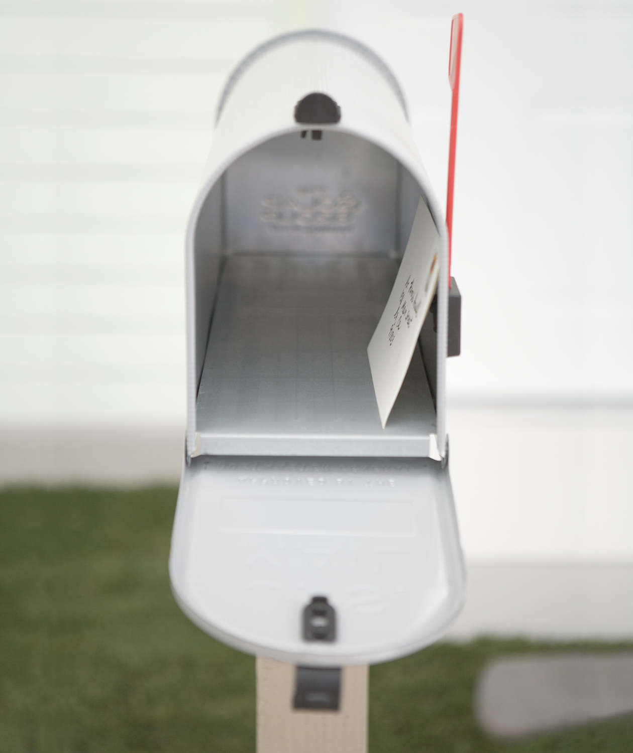 open-mailbox-letter