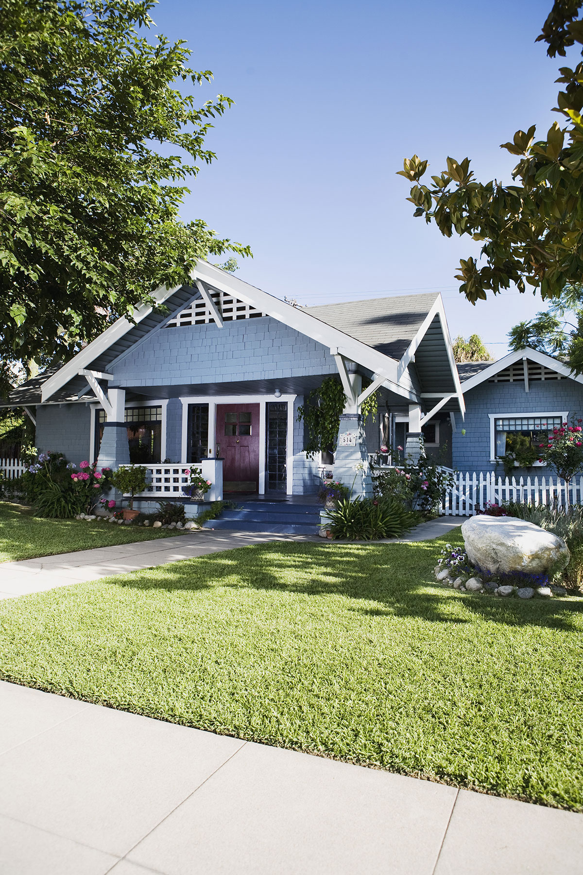 The Right And Easy Way To Sell Your House: This New Way To Sell Your House Will Save You A Lot Of