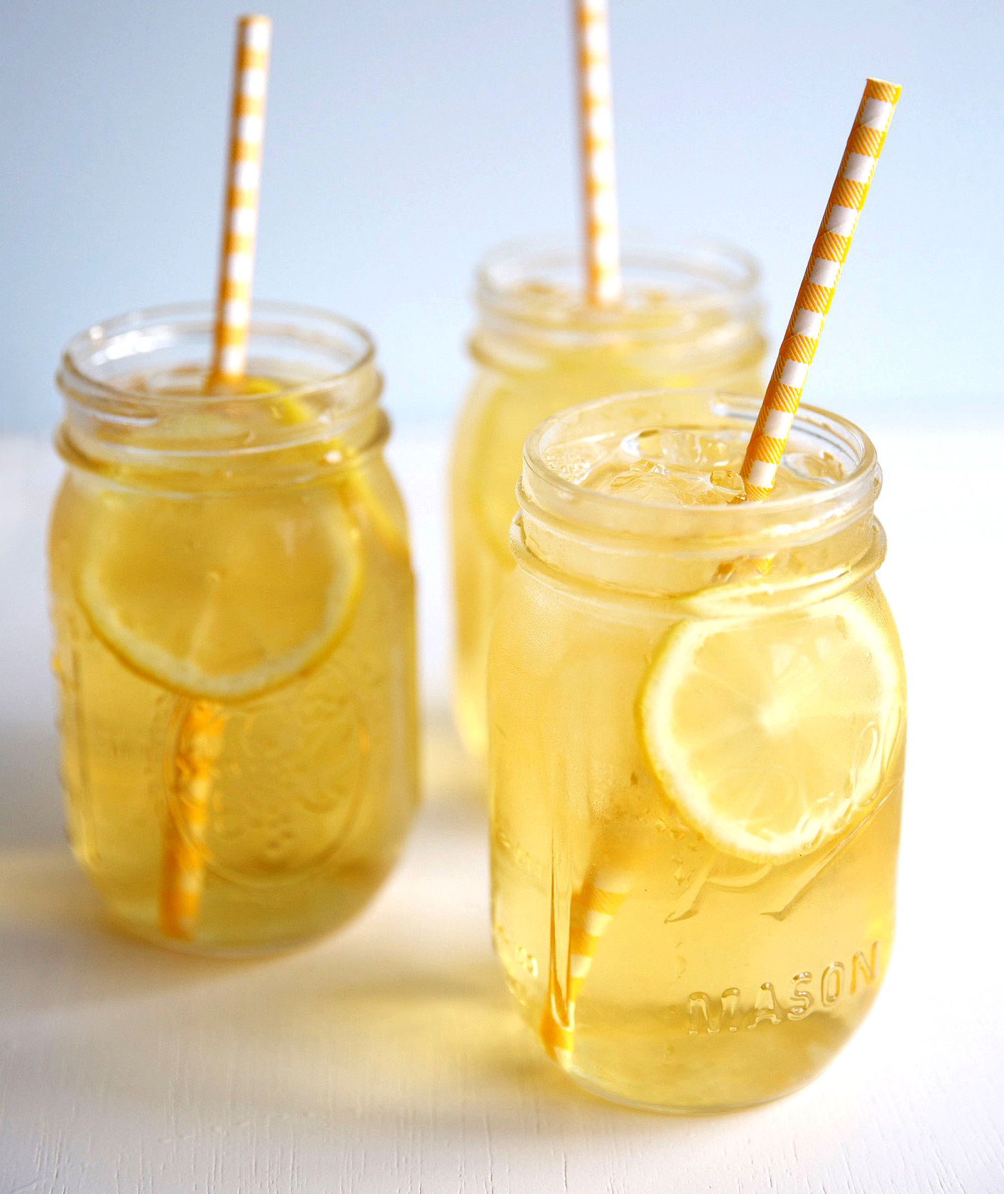 mason-jar-iced-tea