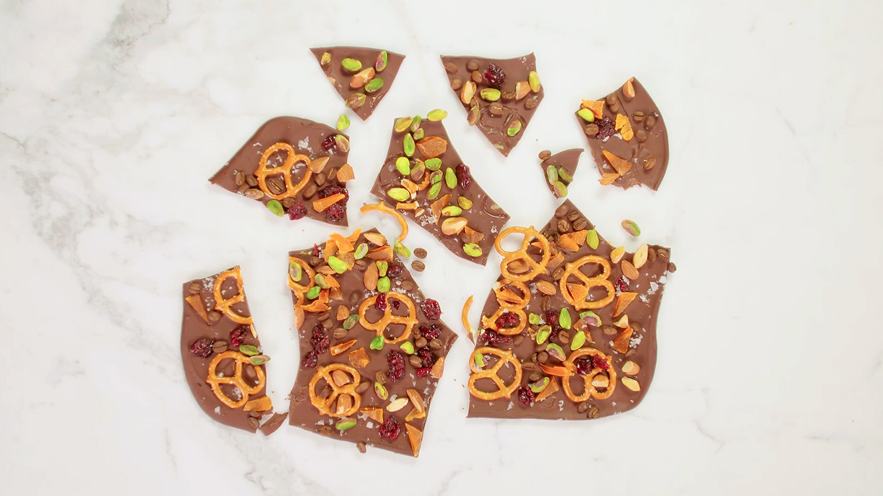 kitchen-sink-chocolate-bark