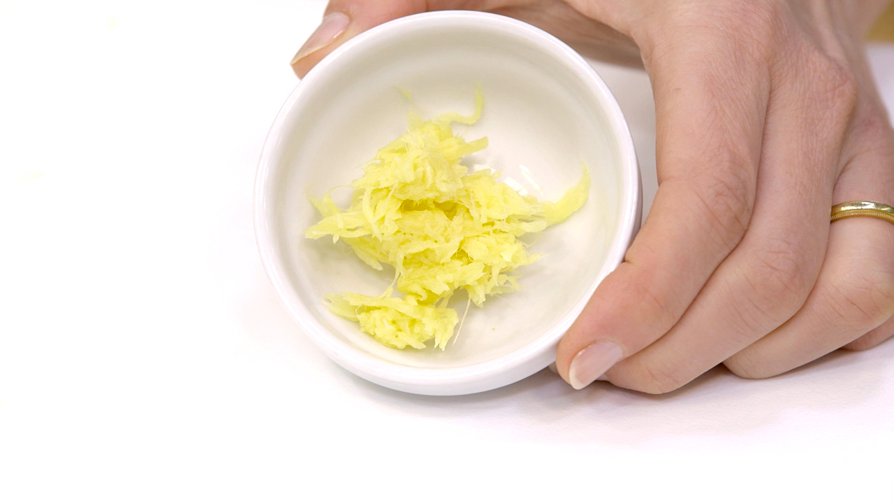 How to Peel and Grate Ginger