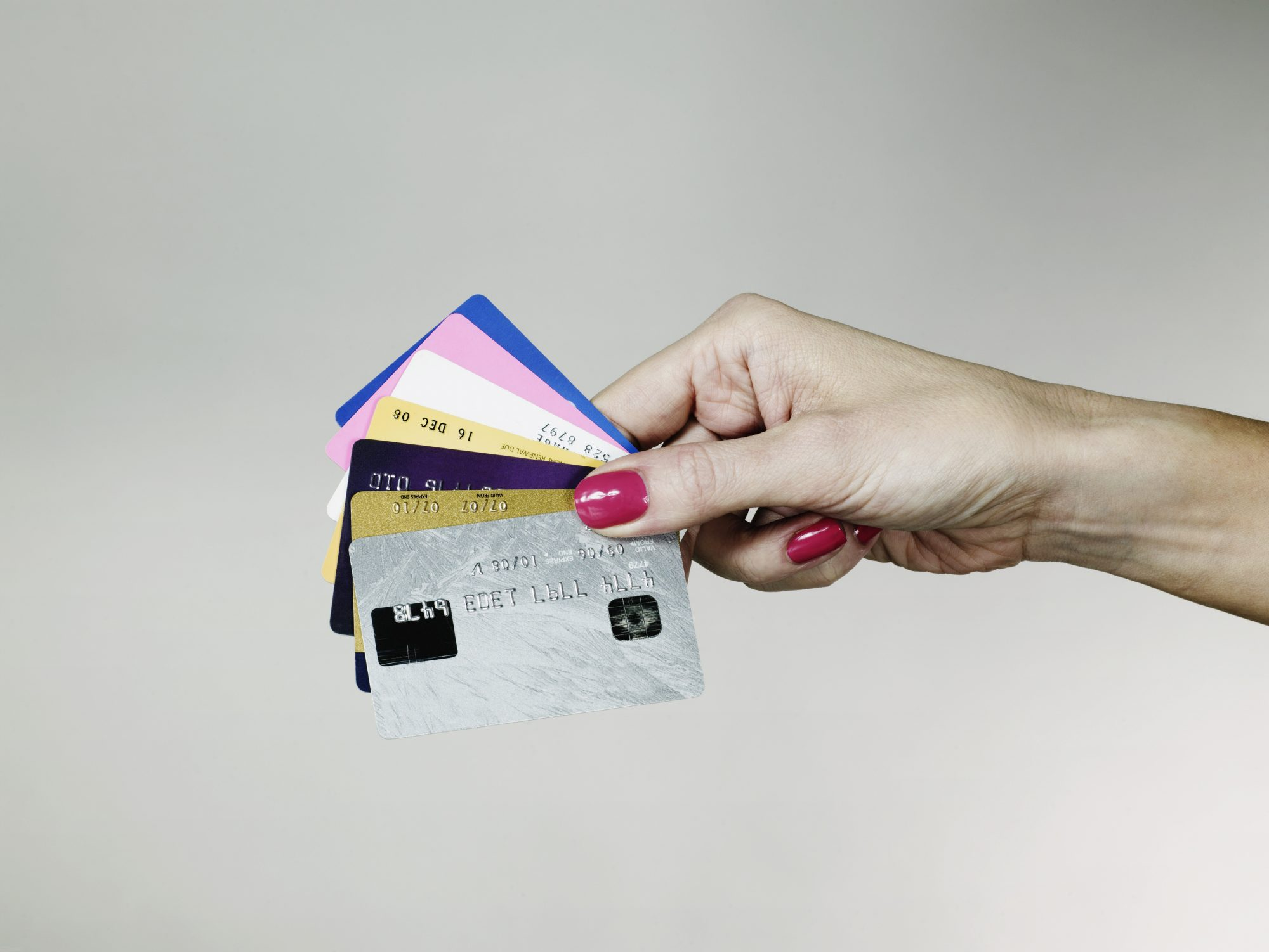 hand-holding-credit-cards
