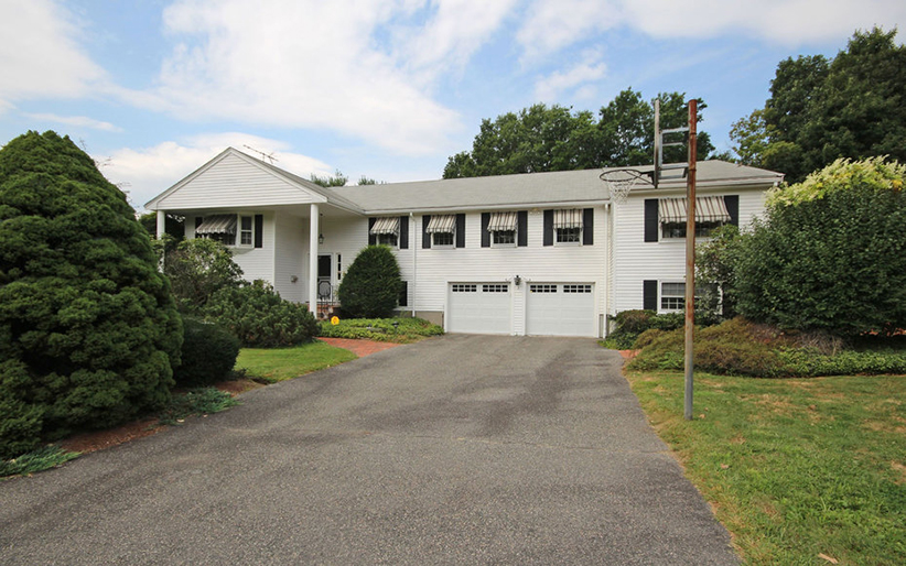 framingham-psychadelic-home-for-sale