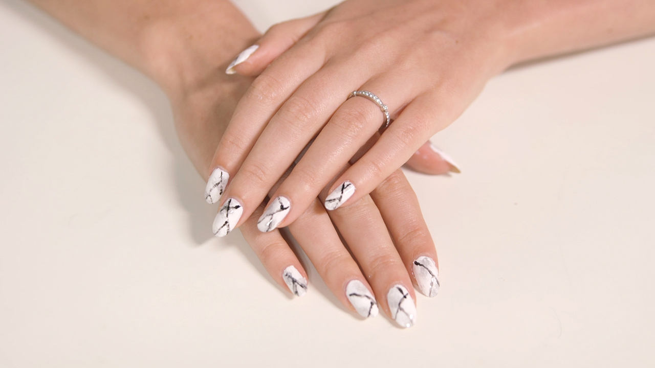 Video: Marble Nail Art Tutorial | Real Simple