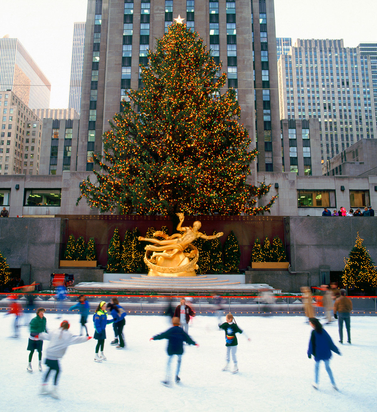 rockefeller-center-ice-rink