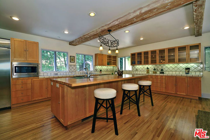 mandy moore kitchen