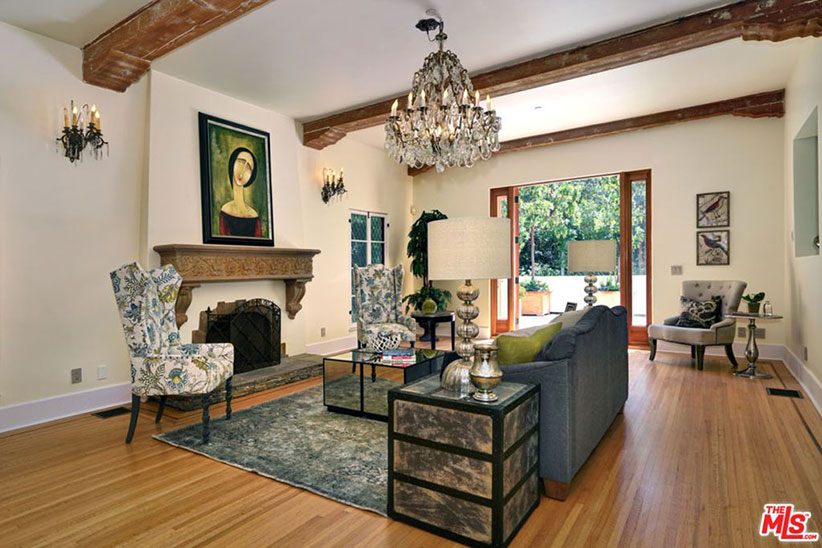 mandy moore living room