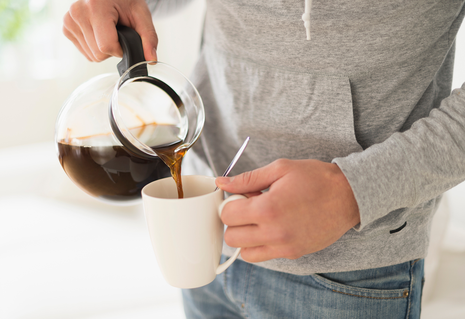 man-pouring-coffee