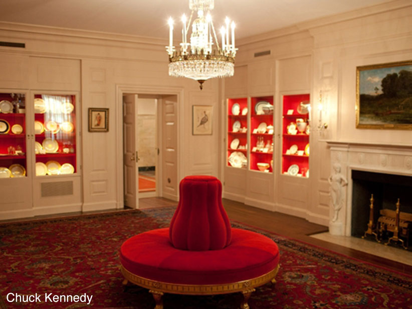 white house red room