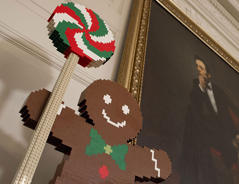 Lego Gingerbread Man in White House