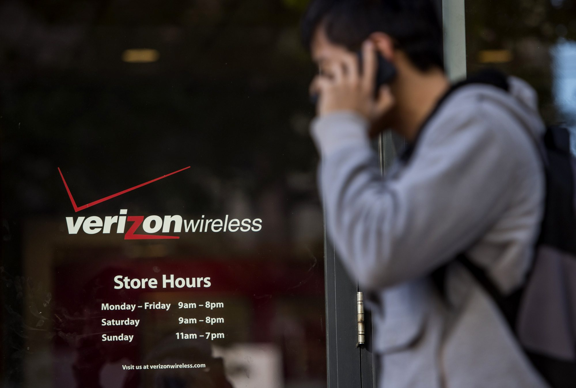 Verizon Is Kicking Out Customers Who Use Too Much Data