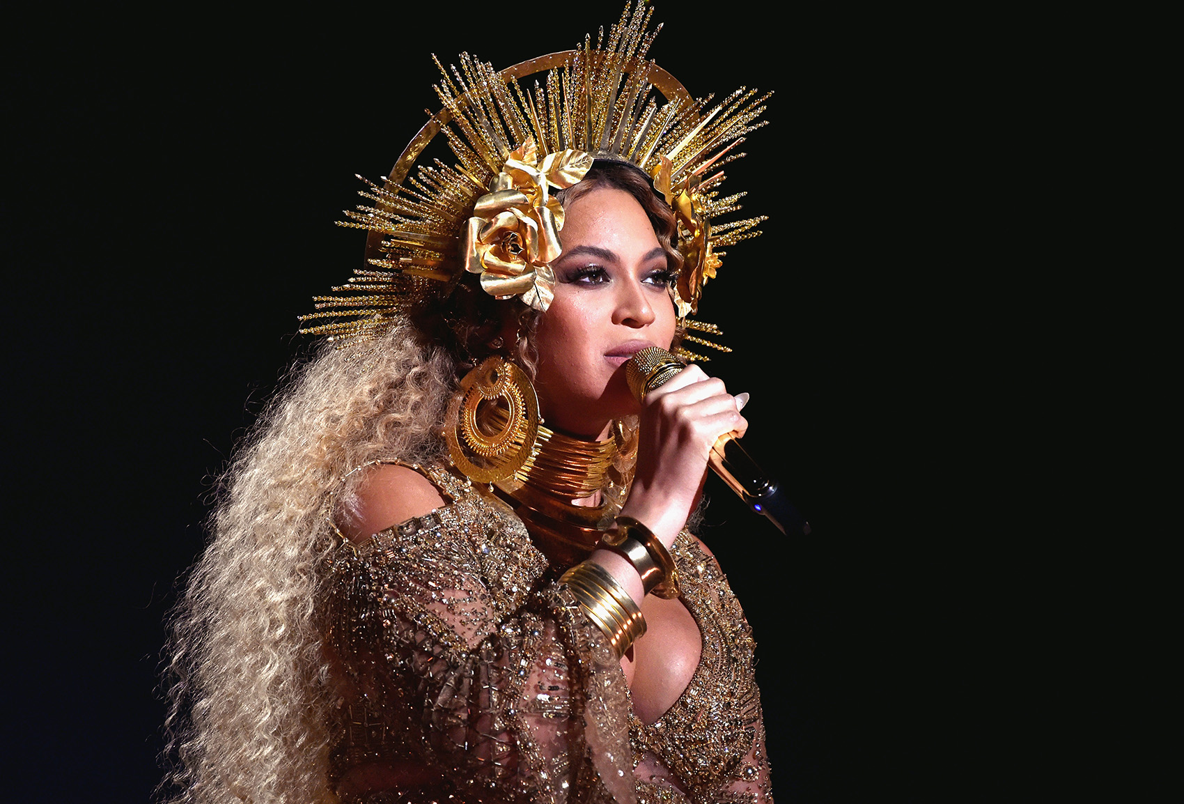Beyonce at the 59th Grammy Awards Show