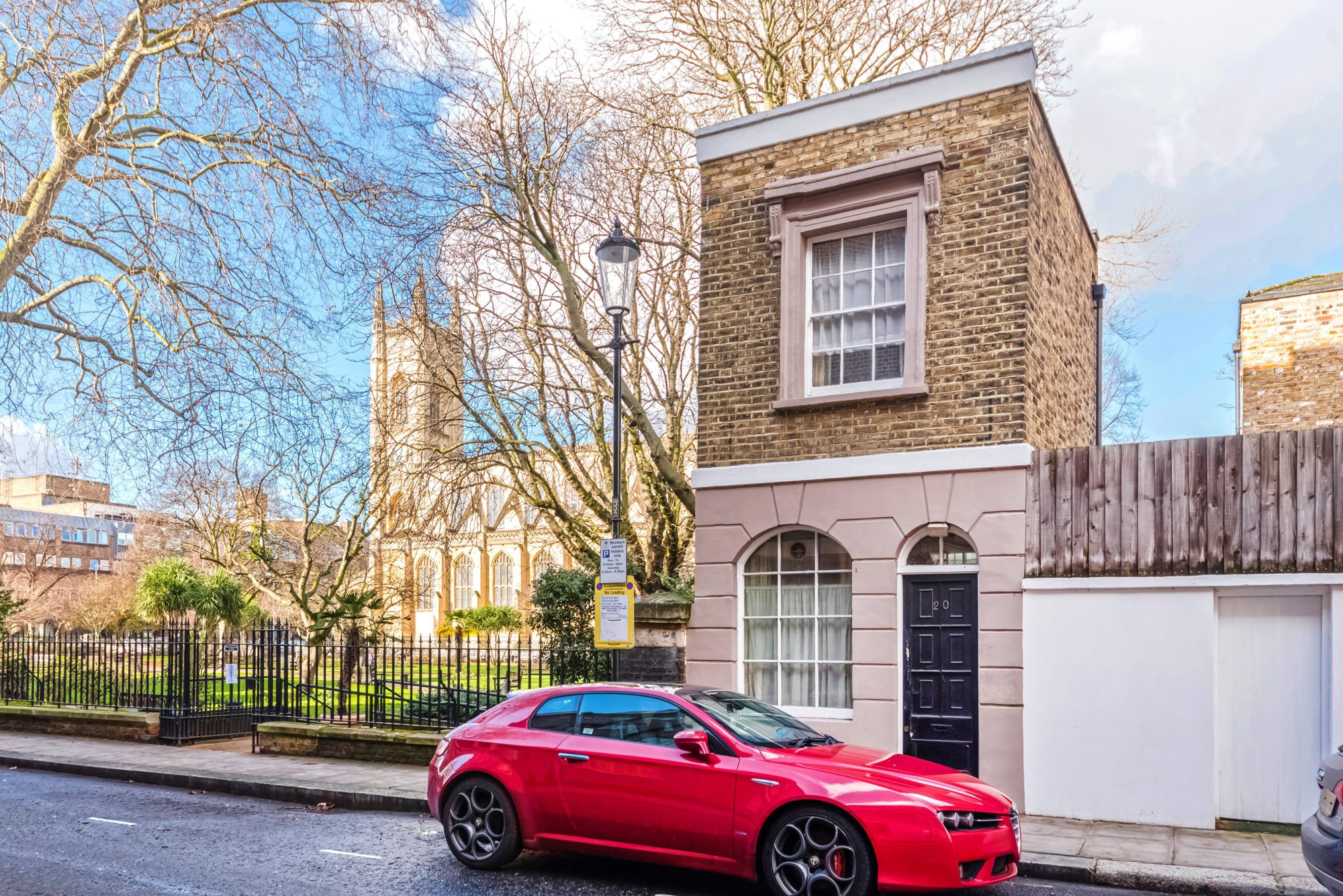 Even One of London's Smallest Houses Still Costs $750,000