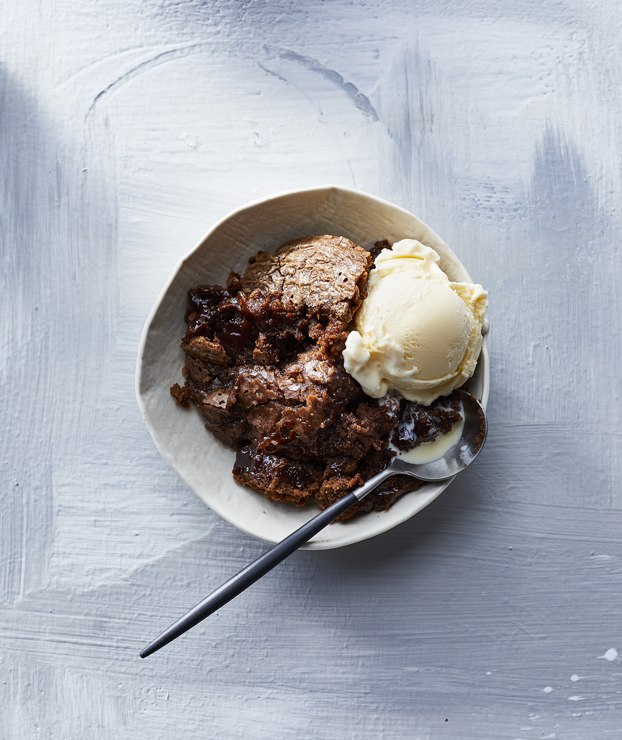 slow-cooker-chocolate-pudding-cake