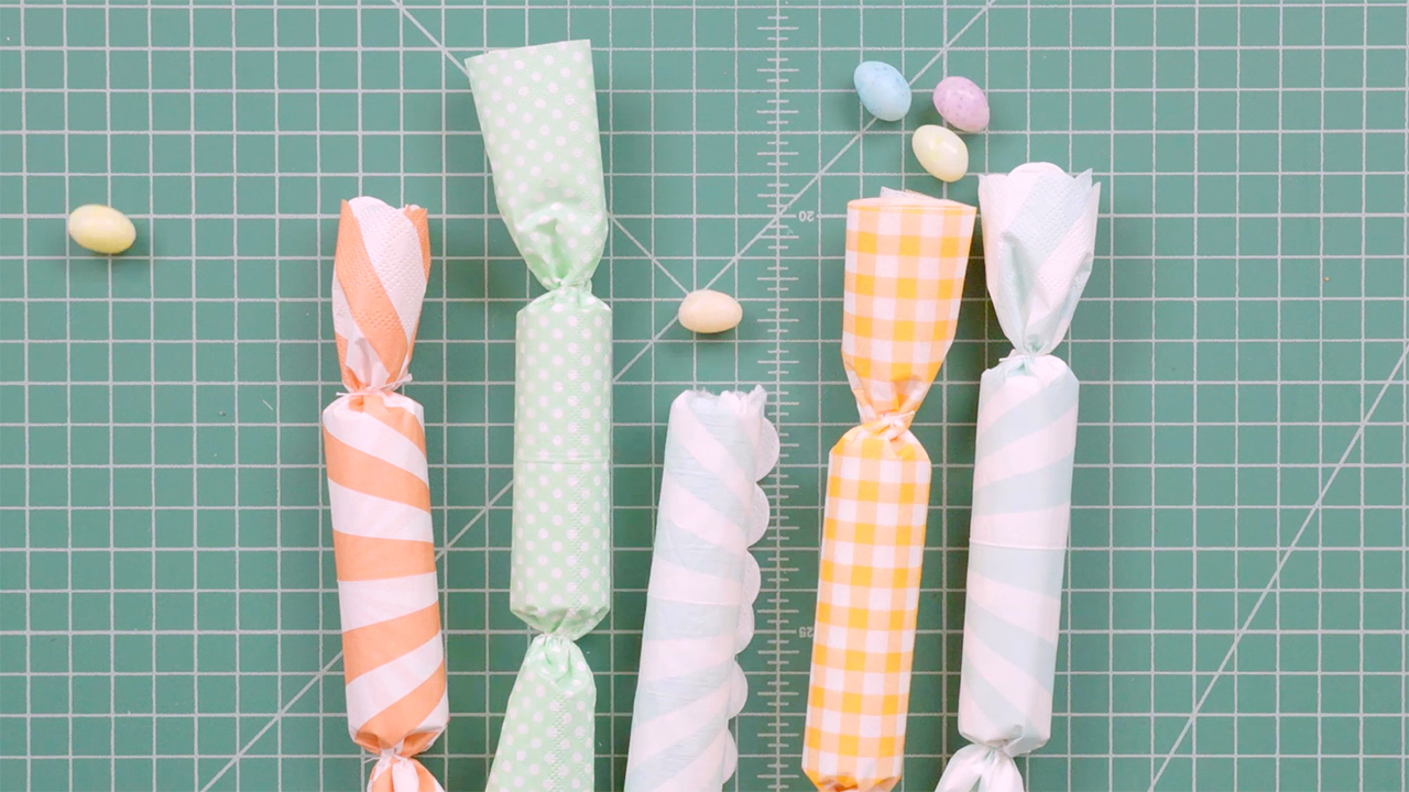 Easter Candy Crackers