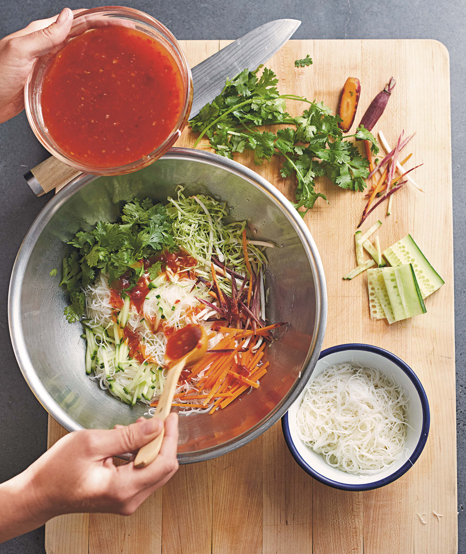 vermicelli-salad-sweet-chili-sauce