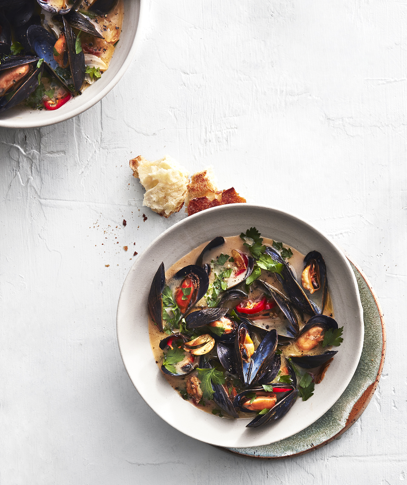 spicy-steamed-mussels