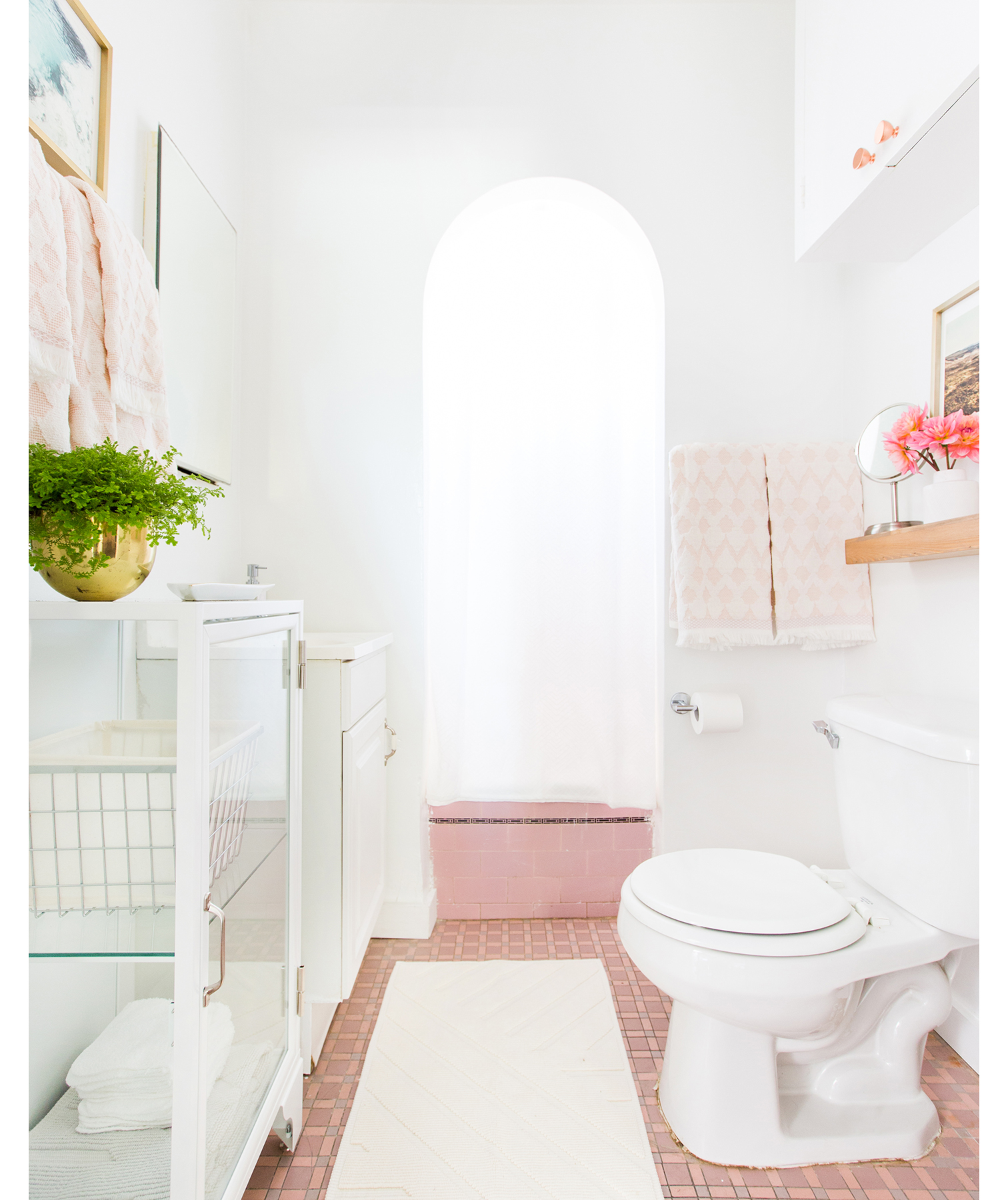 Emily Henderson bathroom after