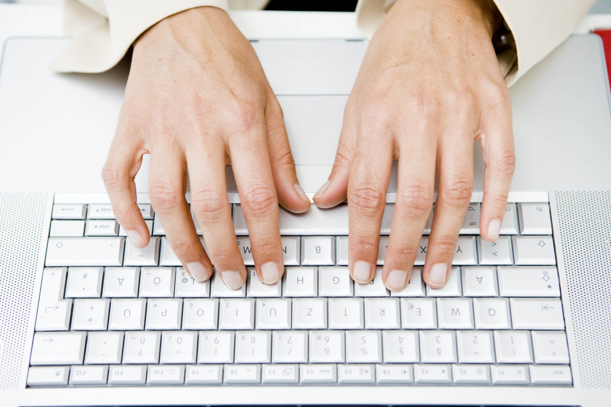 hands-typing-on-keyboard