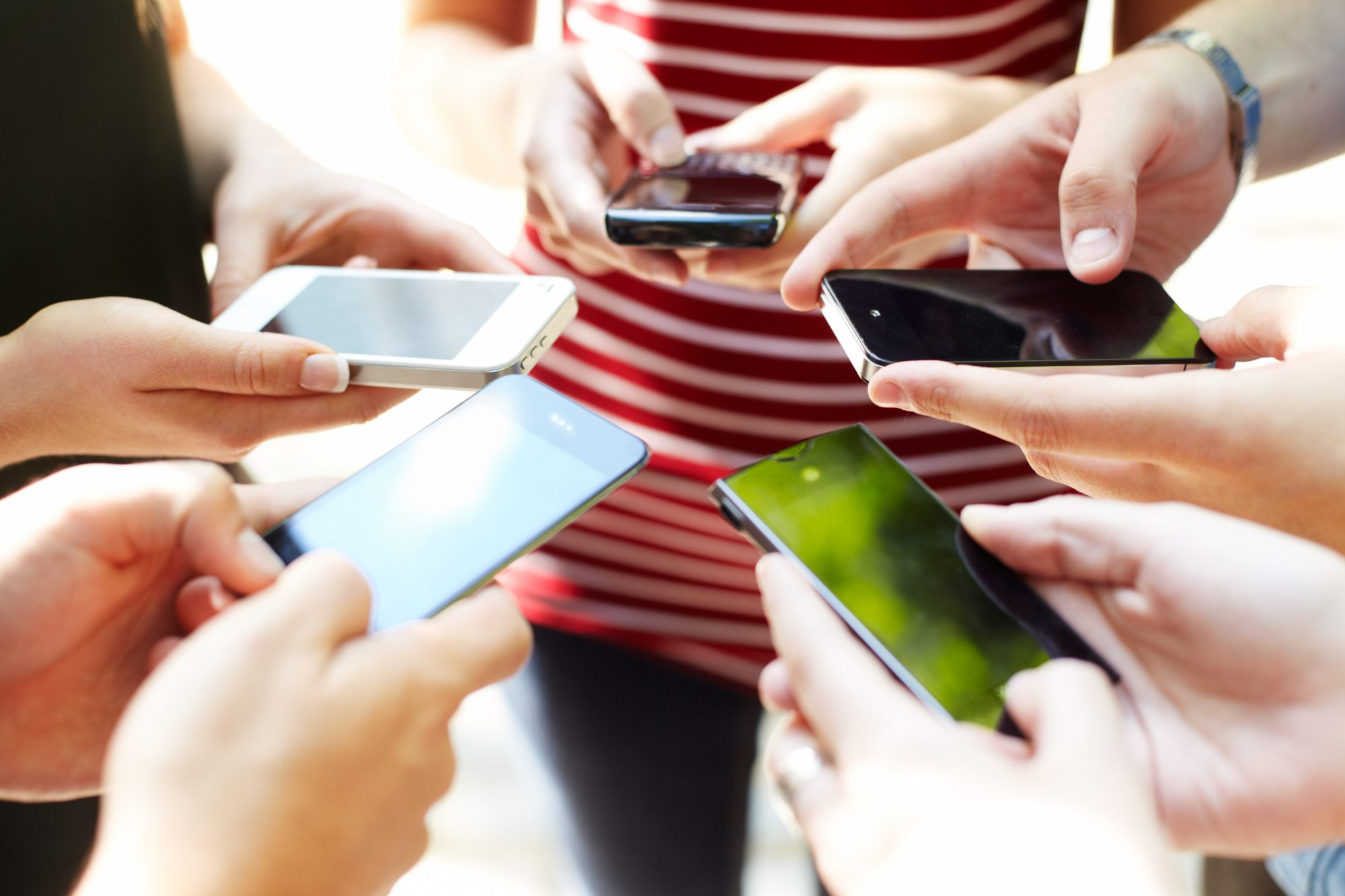 The Scary Truth About How Often People Use Their Phones