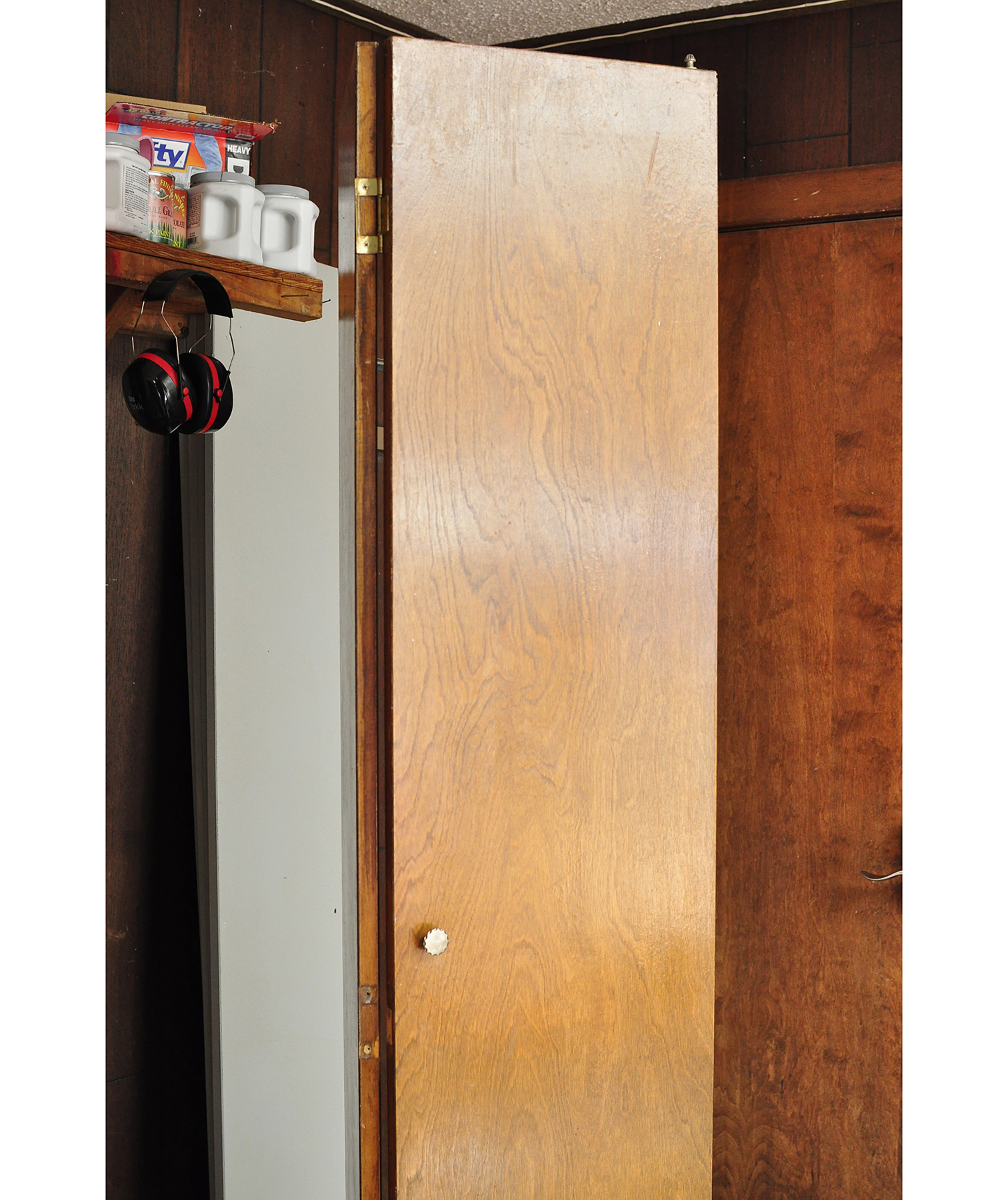 Dated Bi-Fold Closet Doors
