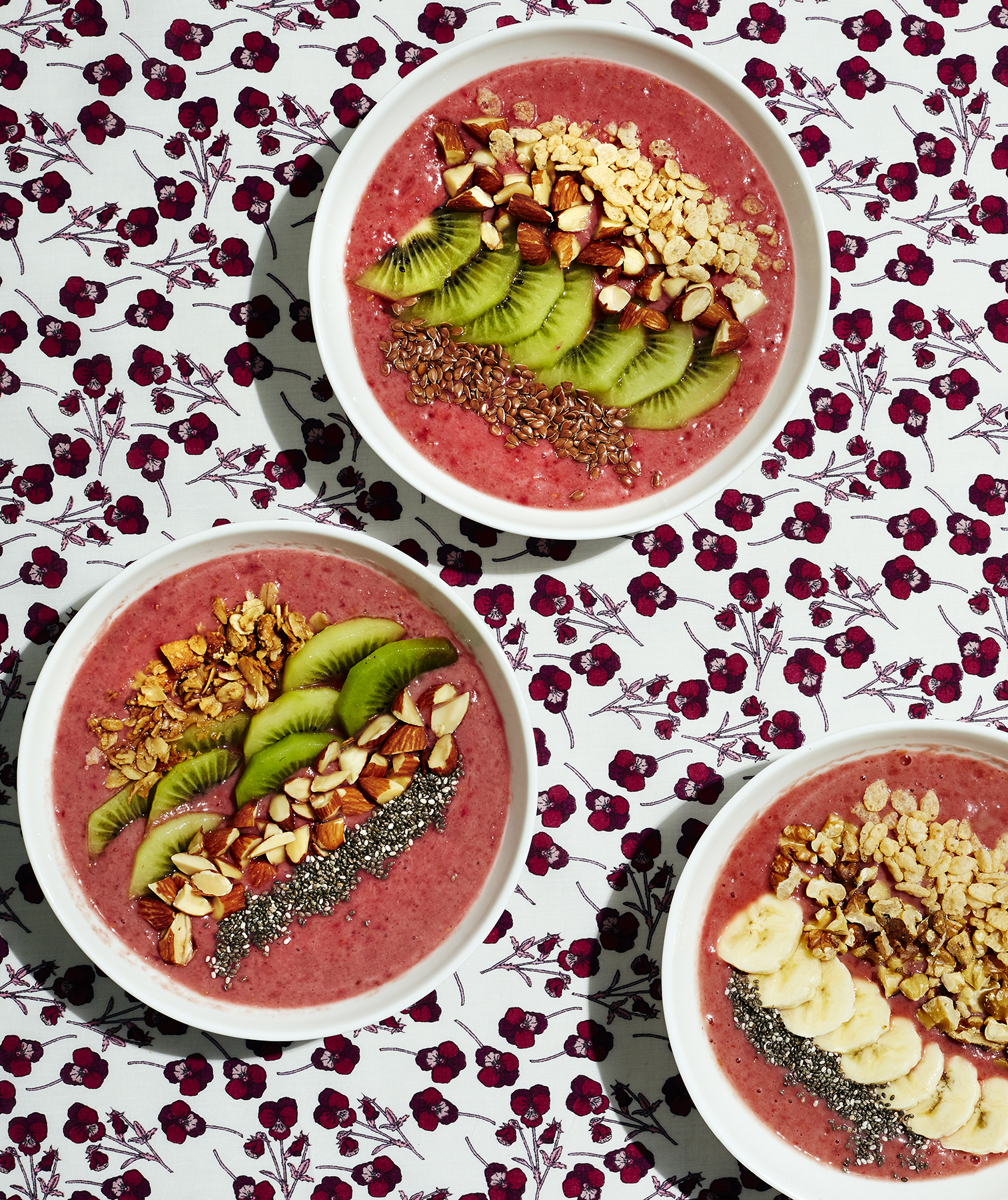 raspberry-smoothie-bowl
