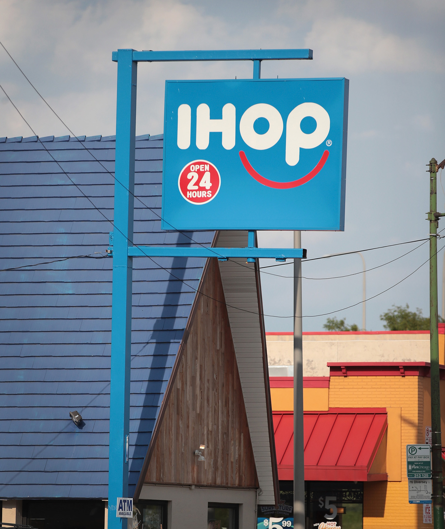 More Than 150 Applebee's and IHOP Restaurants Are Closing