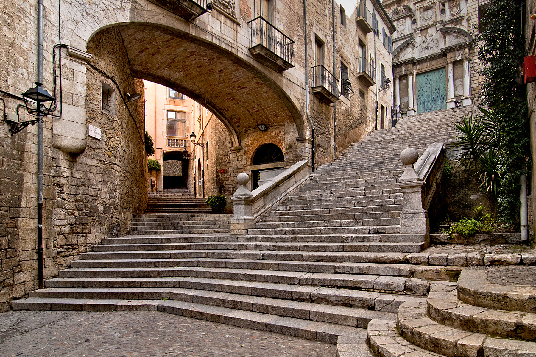 Girona medieval streets