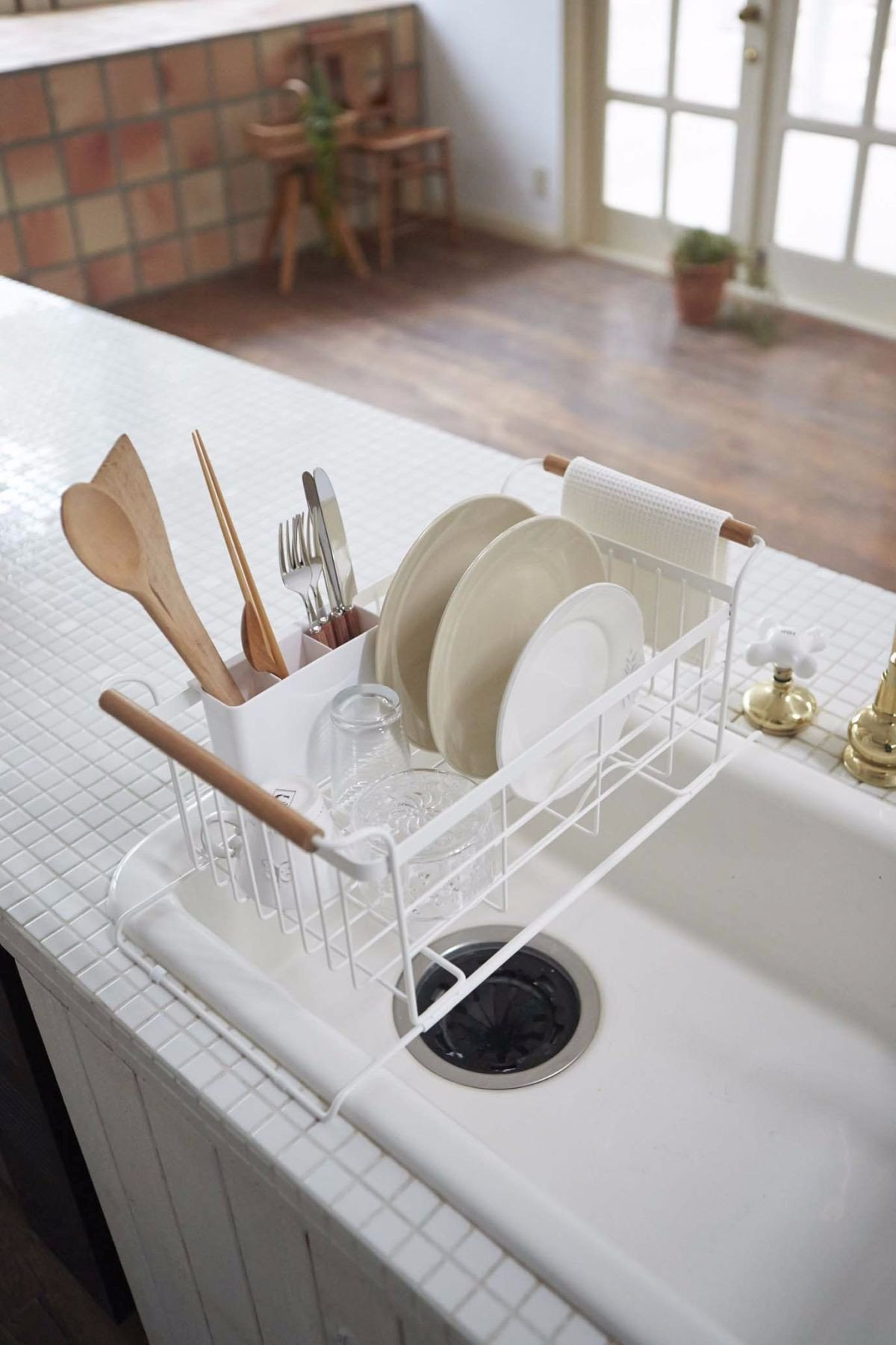 Utilize Over-the-Sink Space