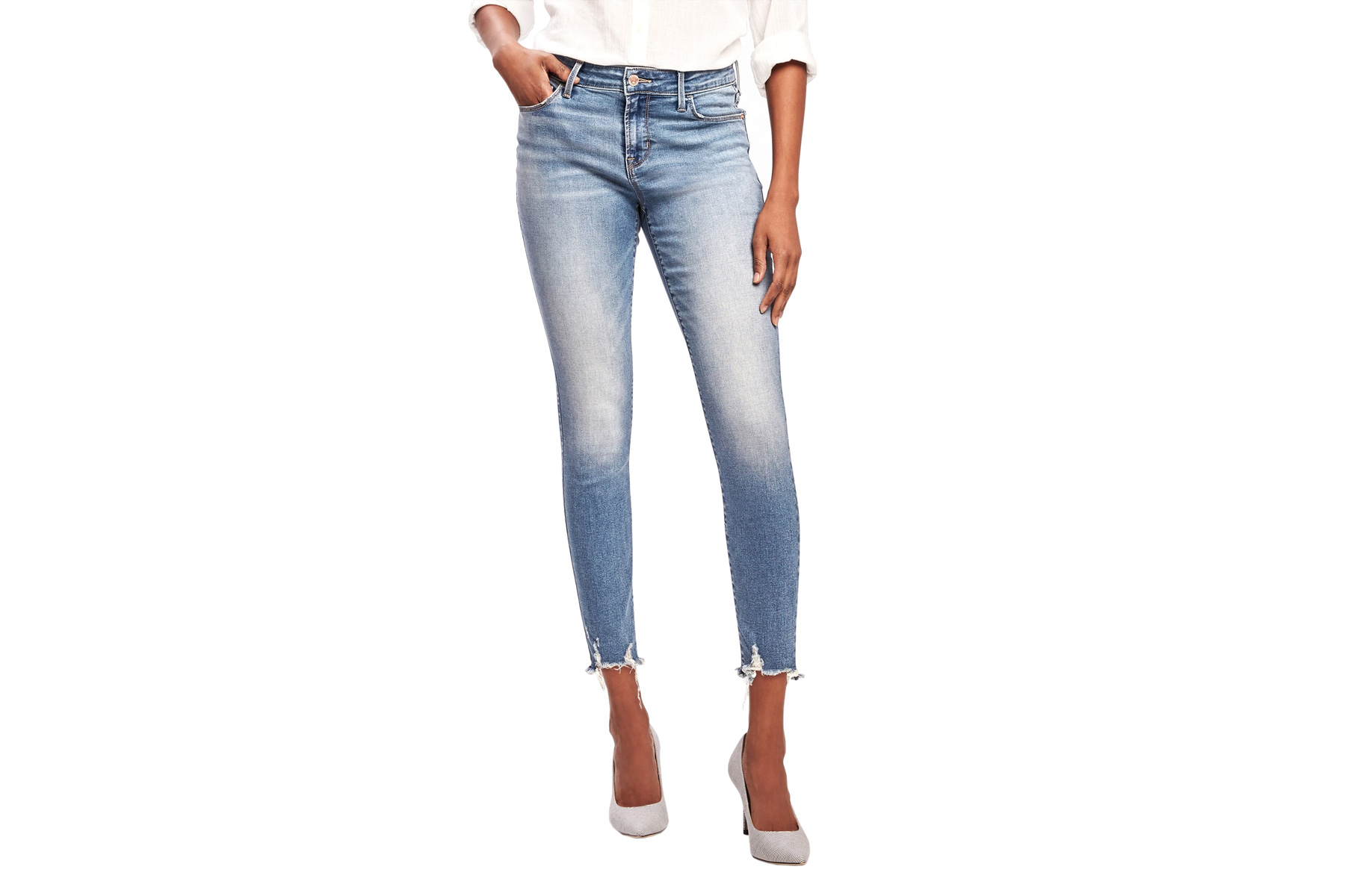 496239fc5d3 6 Trendy Pairs of Jeans Under $35 From Gap and Old Navy's Big Sale
