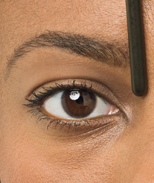 Shape the inner edges of your eyebrows