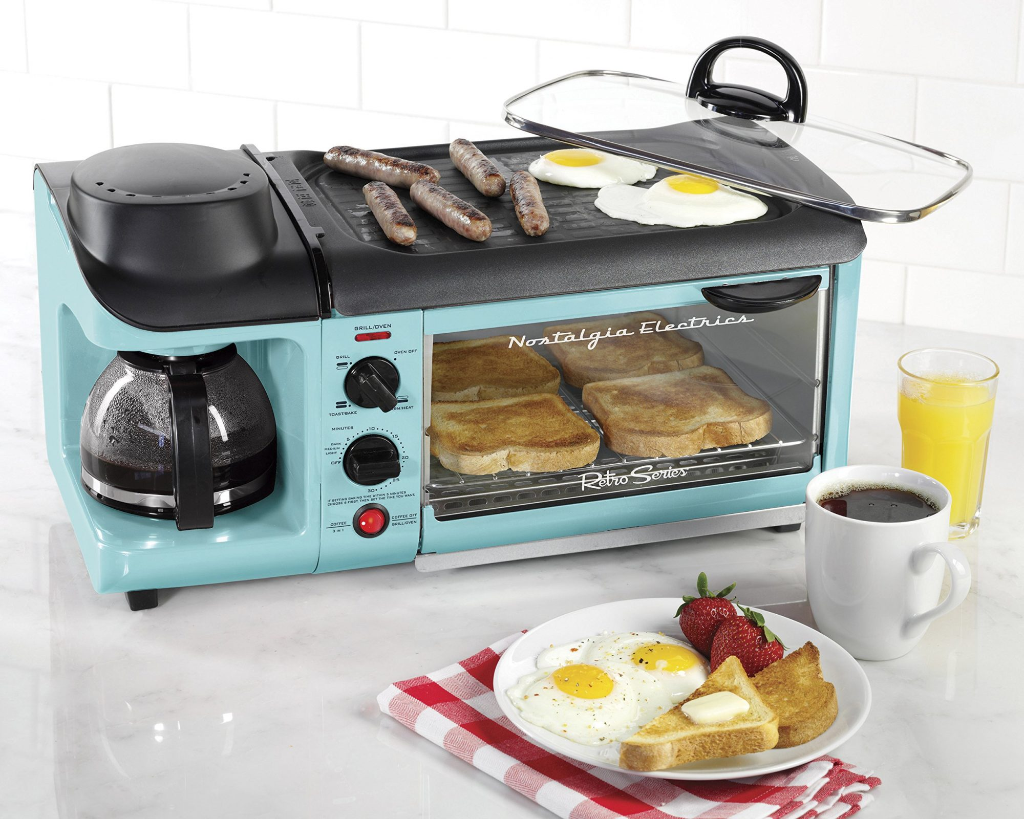 This 3-in-1 Breakfast Machine is the Ultimate Time-Saving Machine