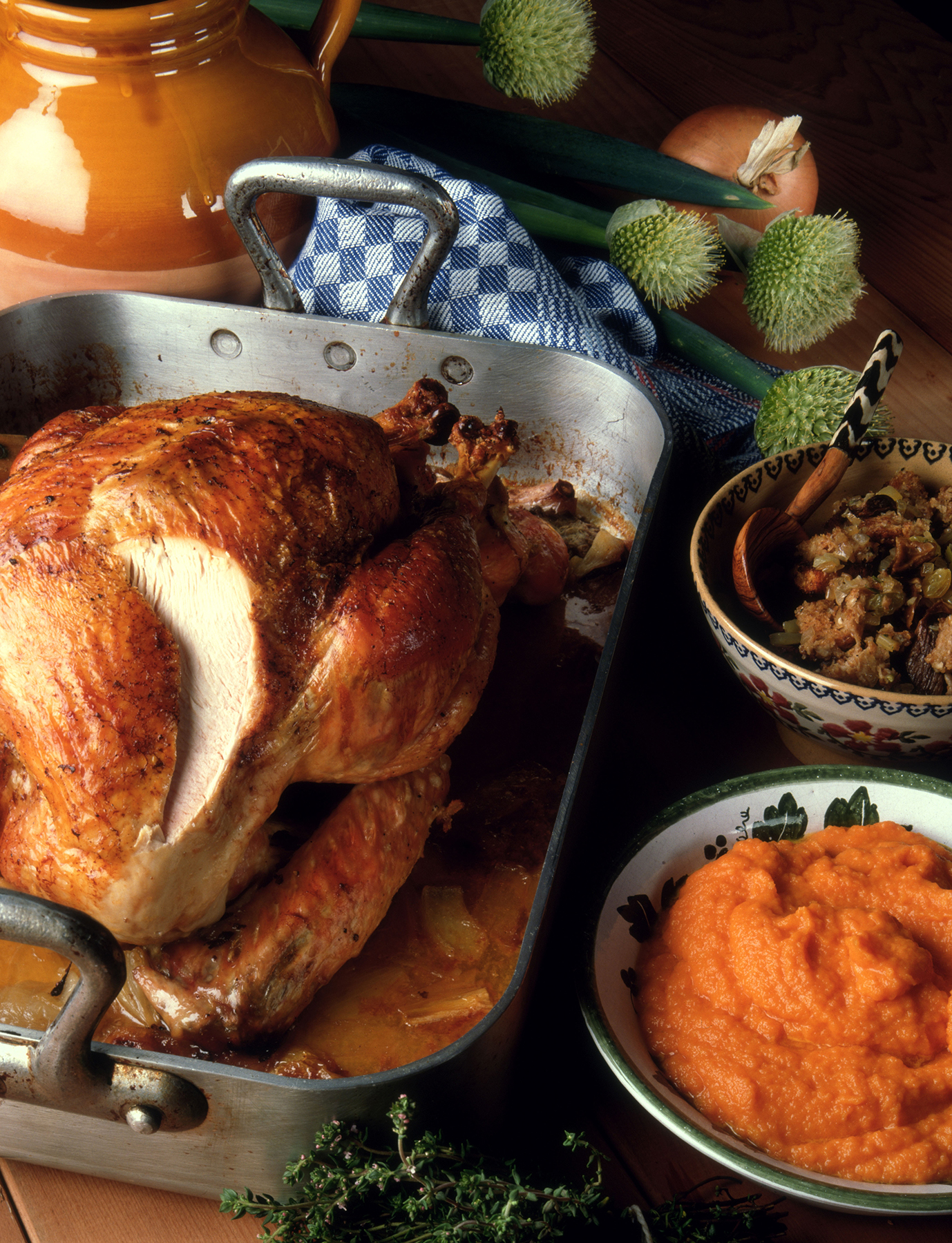 How to Prepare and Carve a Thanksgiving Bird