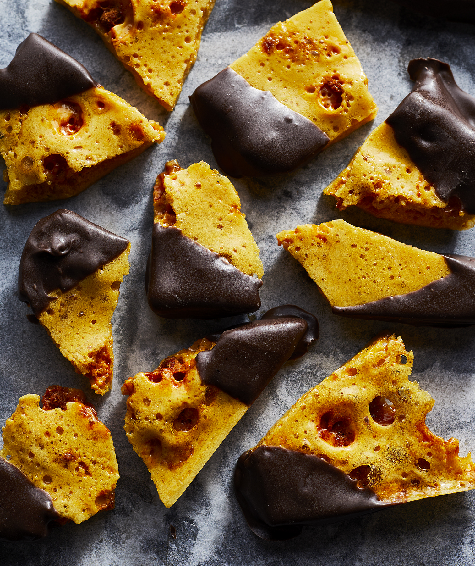 chocolate-dipped-honeycomb