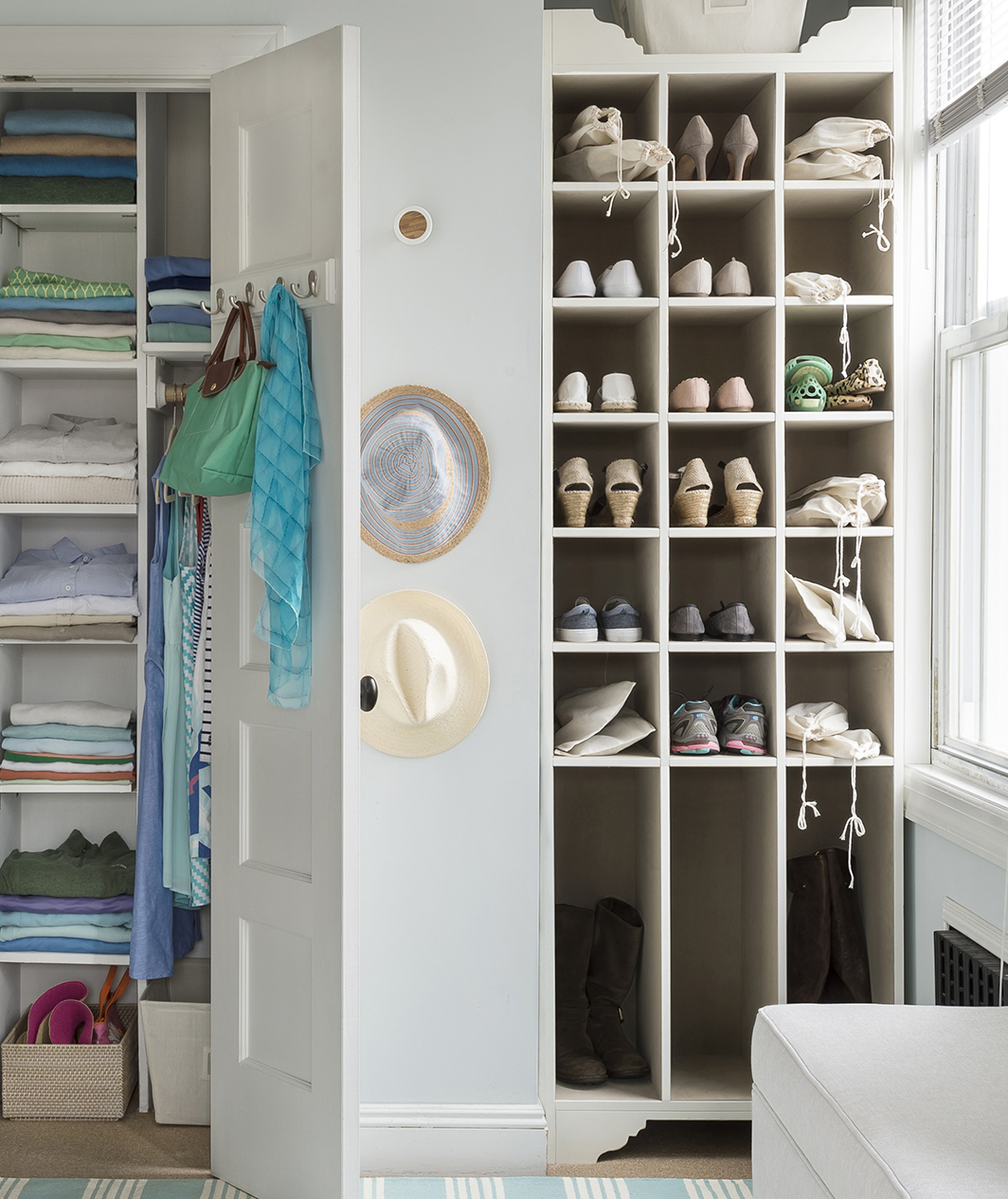 Large shoe rack/closet