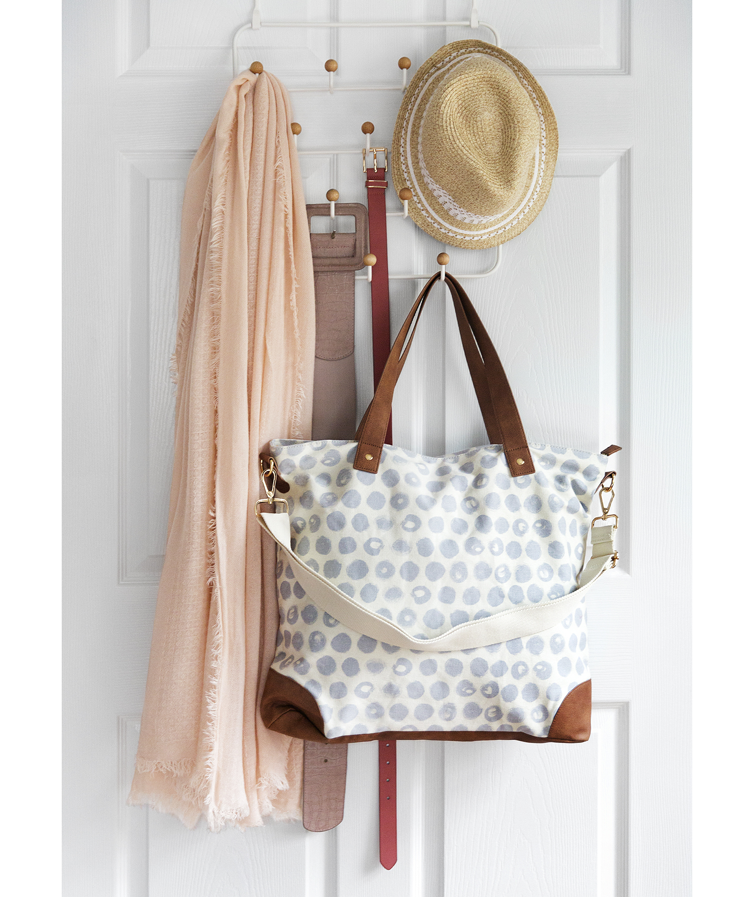 Rack, hooks, with purse, scarf, hat