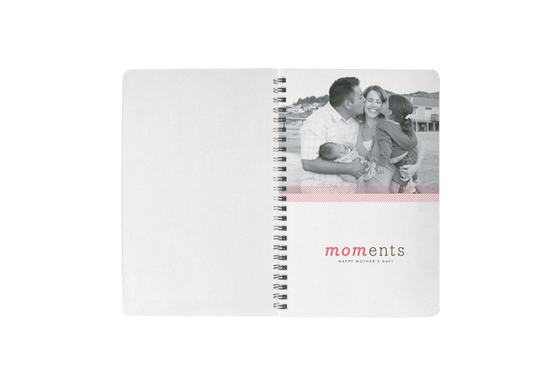 Mom-ents Journal