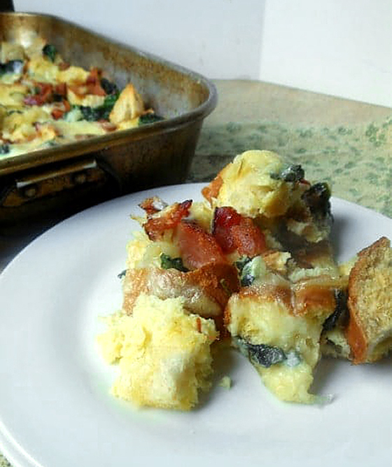 Bacon Spinach Breakfast Casserole