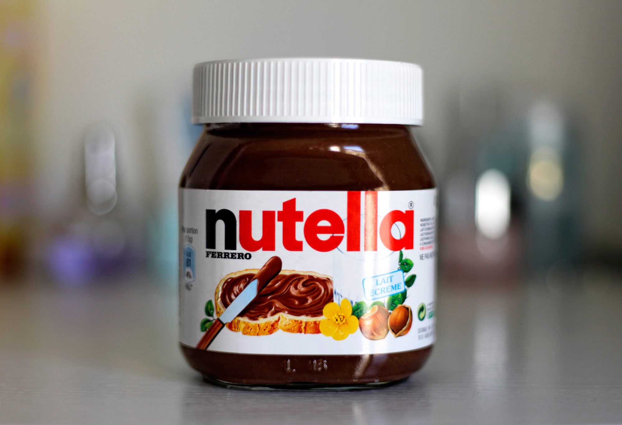 nutella-jar-chocolate-hazelnut