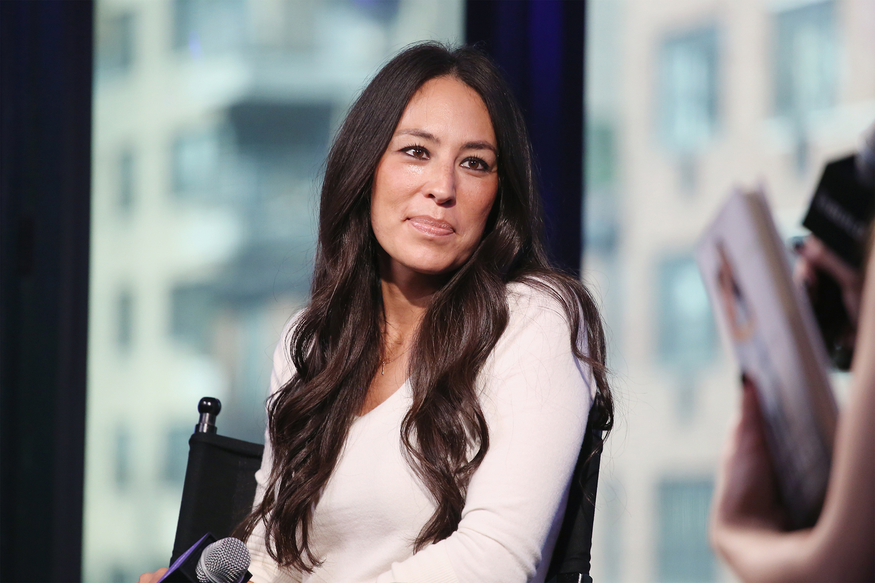 Joanna Gaines Admits She Was Teased for Being Asian in School: 'I Masked My Insecurity'