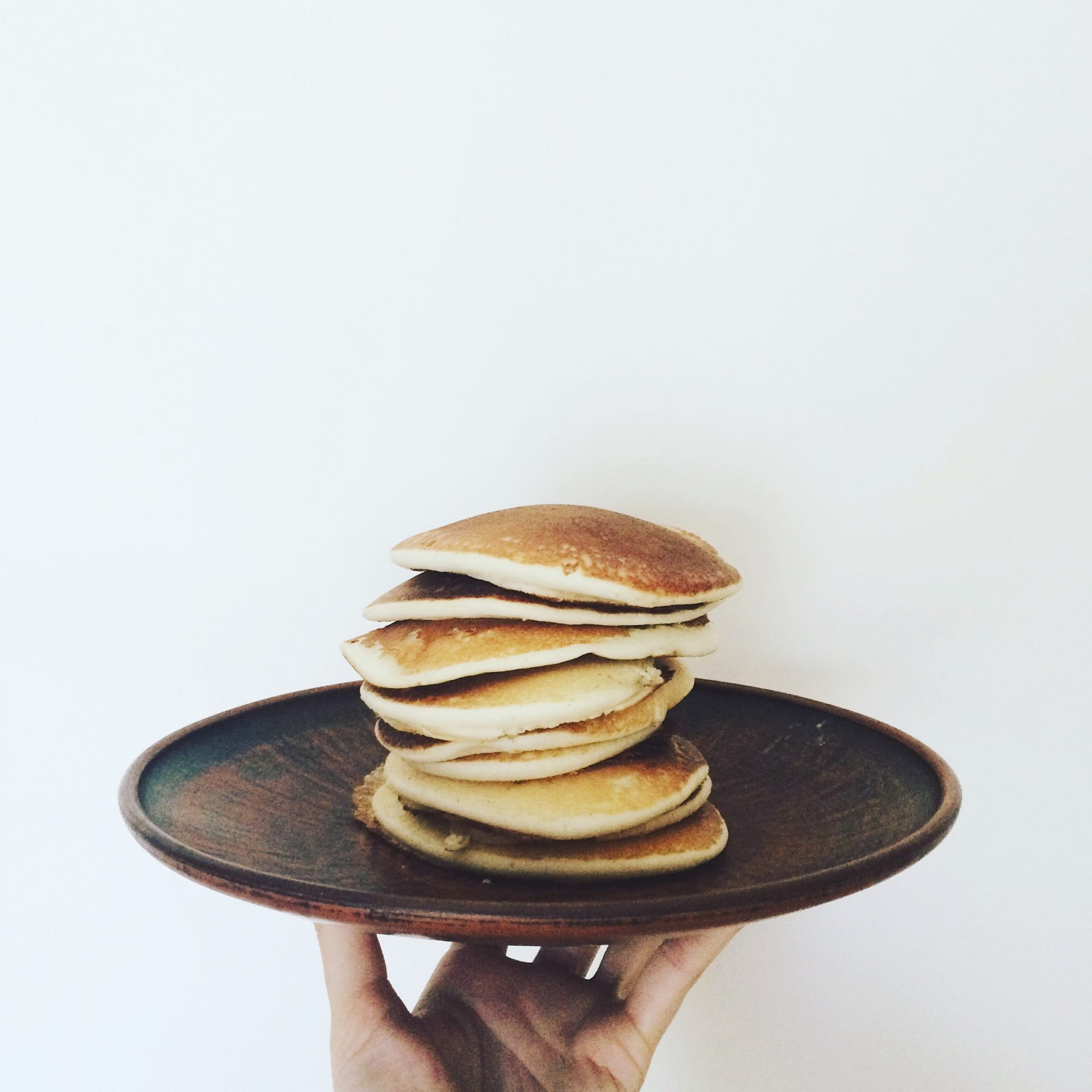 how to make simple pancakes from scratch