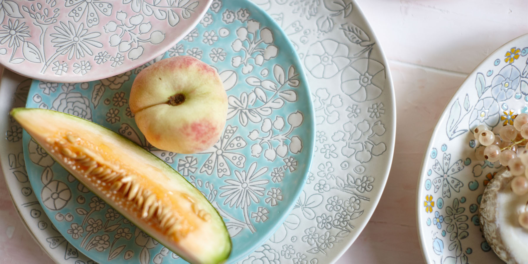 floral Dorothea Dishware with fruit